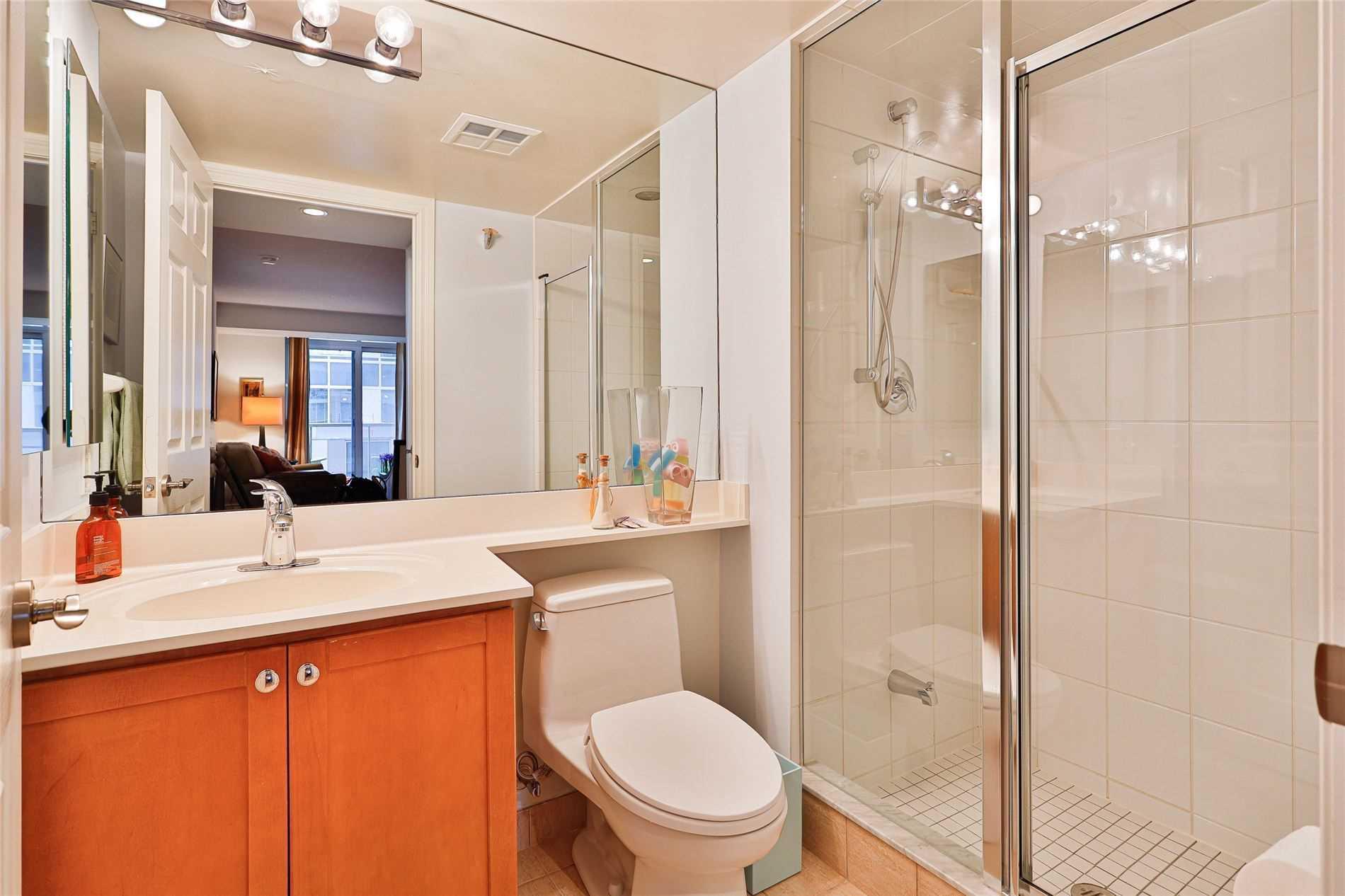 5233 Dundas St W 518 Apartment For Sale Realmaster Com